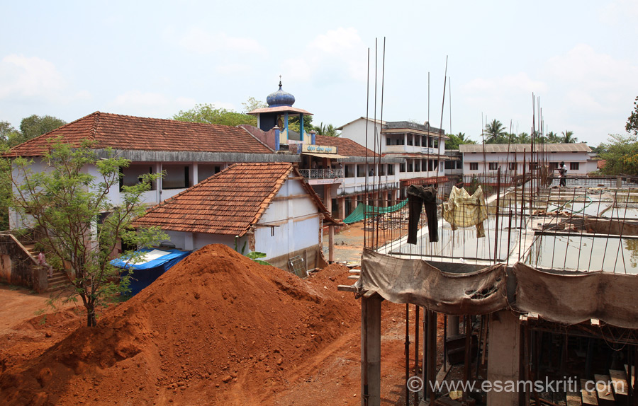 Overview of school. New building being made with donations from RKM, ex-students and devotees. In this school State Govt pays teachers salaries and a small amount for maintenance of the school.