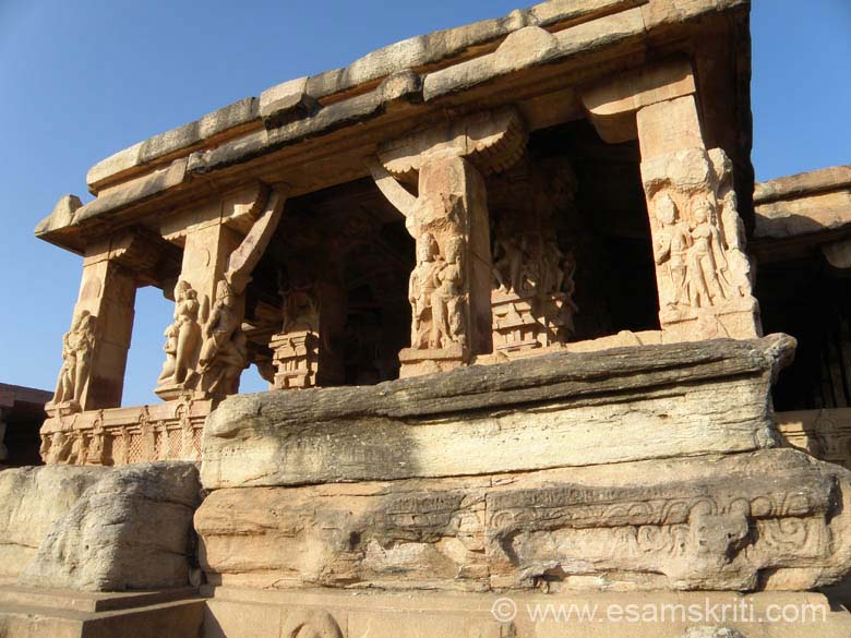 It is made in North Indian style. A close up view of the pillars and sculptures of the mukha mantapa. Aihole is about an hours drive from Badami. First is Pattadakal and then Aihole. There are app 123 temples. Some temples in enclosed area, others in villages and 2 rock cut temples.