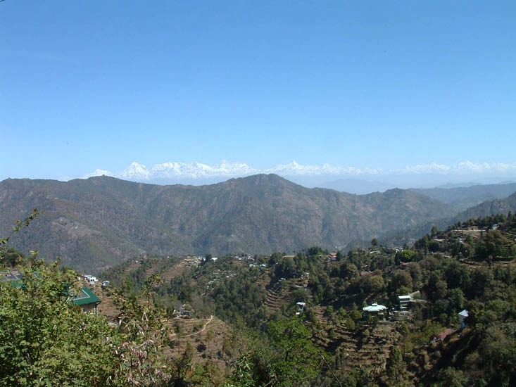 A splendid view of the Himalayas from Ramgarh enroute to Mukteshwar