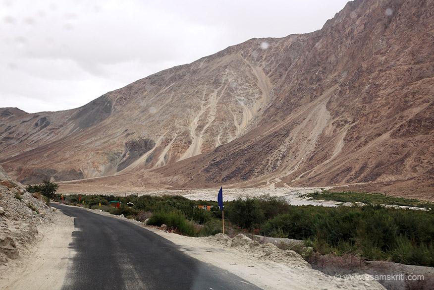 Road to Khalsar.