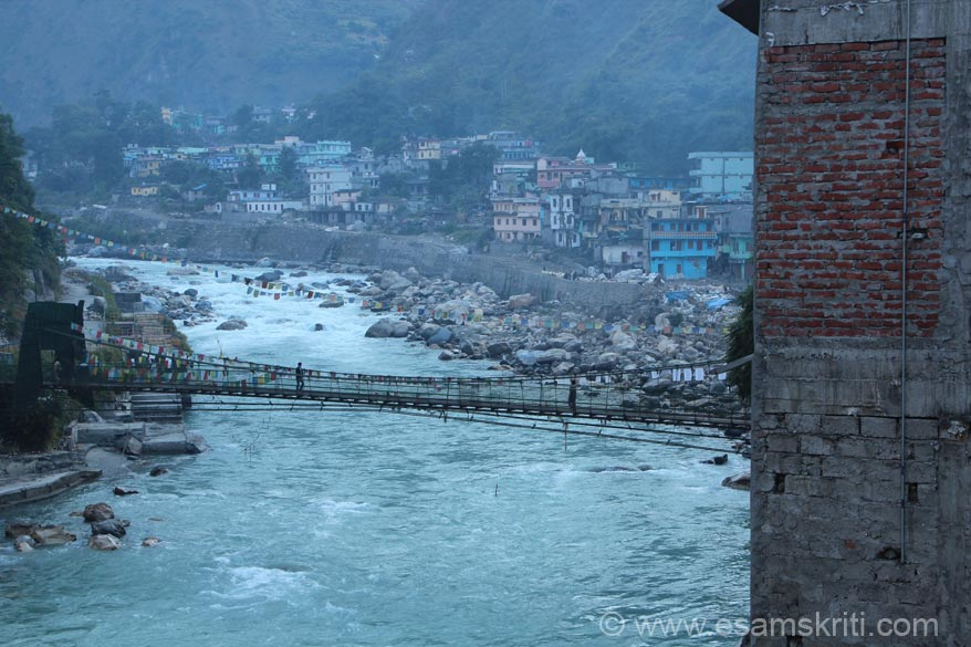A few kms before Dharchula is the army area. U see the bridge that connects the Indian side of Dharchula with the Nepali one. Dharchula has many schools and quite a big market. Before
