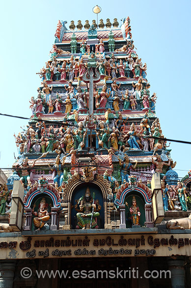 Gopuram at entrance of temple. We reached at about 12.25 pm. During January the temple closes at 12 noon if I remember correctly. Pleaded with the Pandit who allowed us to pray inside the holy sanctum. It was the first temple visited in Tamil Nadu Temple Yatra so was keen to get blessings of Mata, Shiva and Shivaji Maharaj.