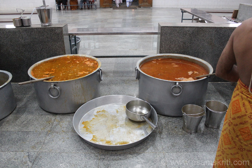 Sambar and Kurma kept in huge containers. The size surprised me. On most days over 30,000 devotees have meals free of cost.