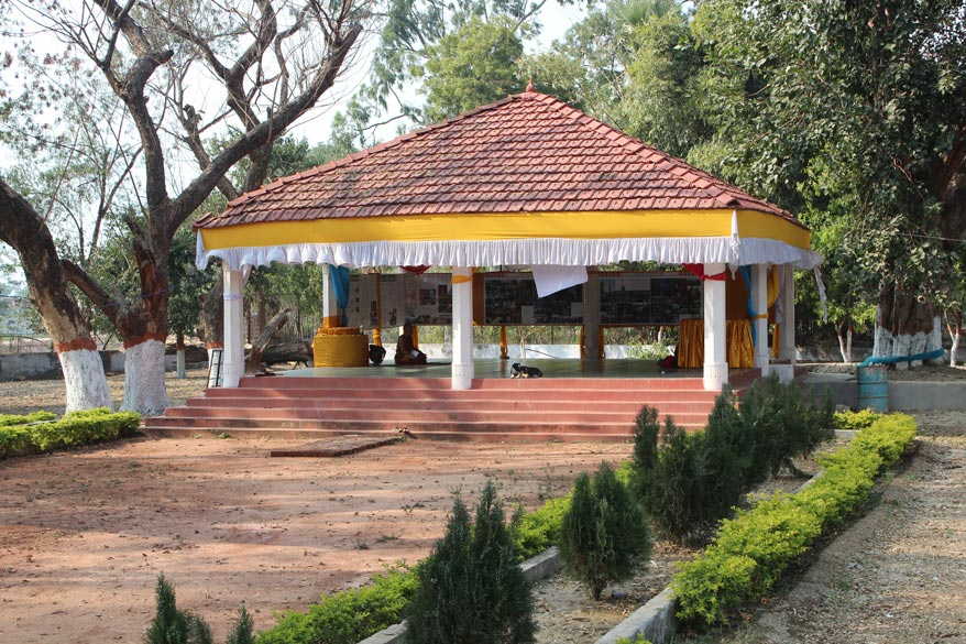 A meditation hall inside Venuvana. The whole place was very very peaceful, divine I would say. Missed seeing Virayatna a Jain ashram that also has a museum.
