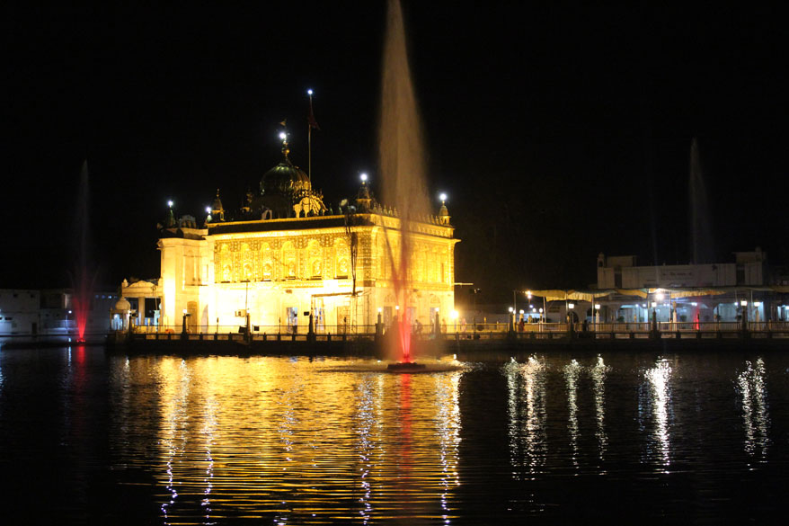 Mandir in evening. Fountains on 4 sides make it very scenic.