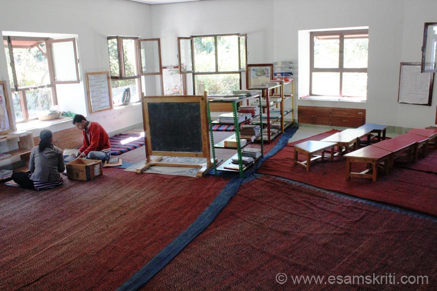 Classrooms are big, airy with lots of light. U see Hindi one. There are separate classrooms for Hindi, English, Maths, Craft and Science. Read about their Primary Schools <a target=_blank href=http://chirag.org/what-we-do/education/supporting-rural-education>Click here</a>