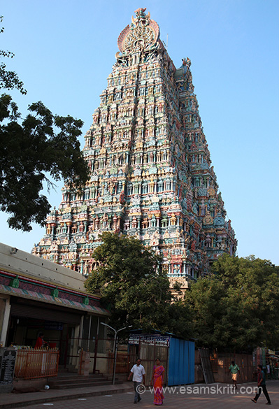 "Side view. Can today``s engineers make such a huge gopuram. ""Madurai is also revered as one of the five Cosmic Dance Halls of Shiva. It is believed that Shivji performed the Dance of Bliss at the 