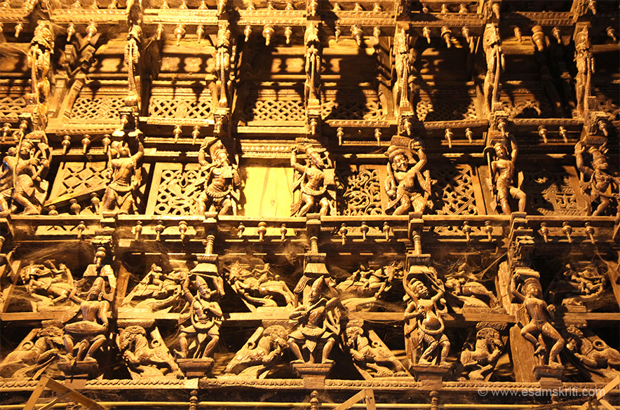 "Think this is made in wood. Can see images of man playing musical instrument, animals, warriors, warrior with horse face etc. ""Originally the Nellaiappar and Kanthimathi temples were 2