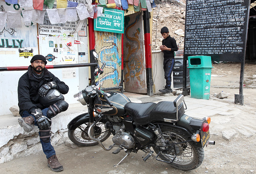 At Khardungla met this biker, from Bangalore originally from Kolkata. Ladakh is full of bikers. It is a great site to see say 12 bikers driving in a group. Khardungla is the doorway to Shyok and Nubra valleys.