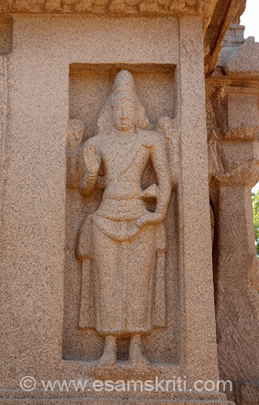 Wall of Dharmaraja-ratha has various images. U see Brahma.