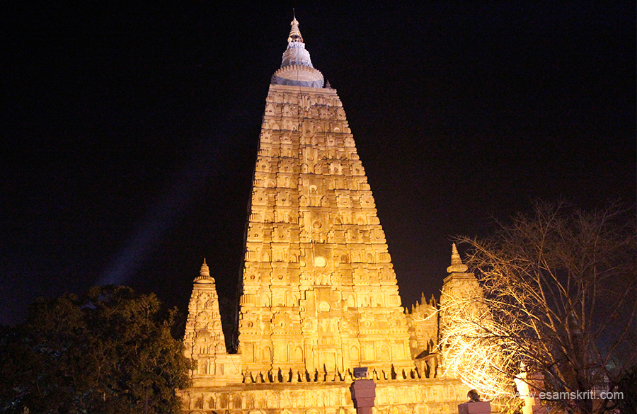 "A side view of the temple at night. A Chinese piligrim who visited here in 637 AD wrote ""To the east of the Bodhi tree, there is a vihara about 160 or 170 feet high. Its lower foundation-wall is 20 or 