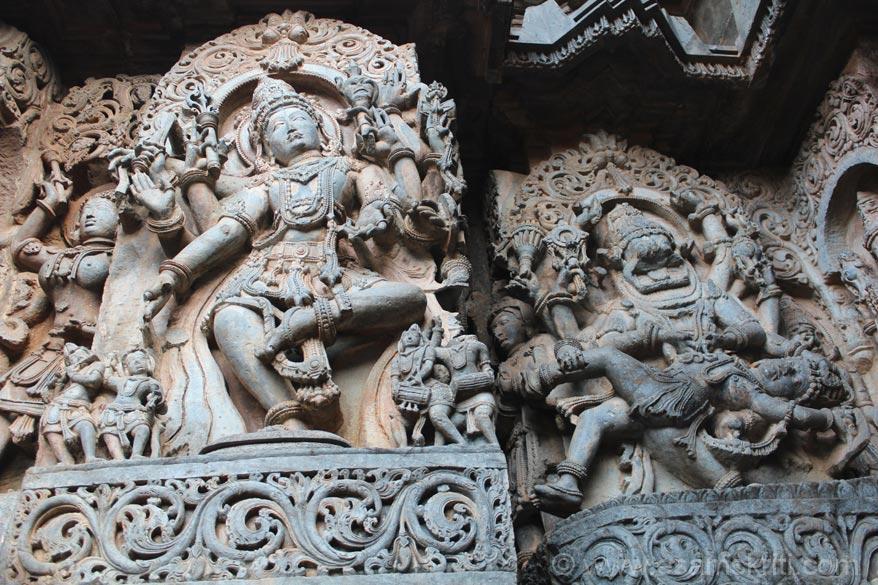 Left image is Lord Shiva. Right is Narasimha avatar image of Lord Vishnu killing demon Hiranyakashyap. There is a sitting image of Narasimha ie called Yog Narasimha. Missed clicking.