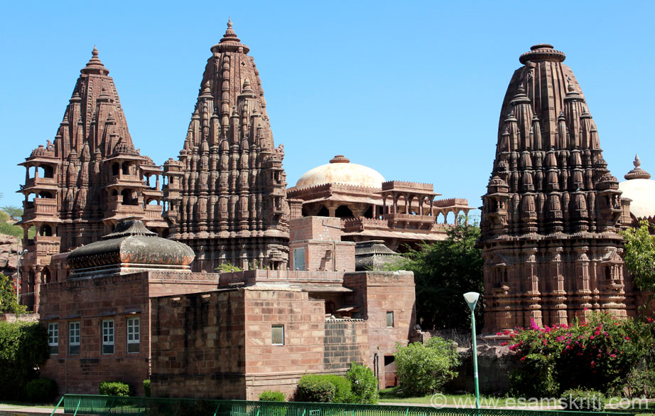 As I entered the complex there was garden on both sides. As I walked ahead on my right were these well made temples, actually cenotaphs of the rulers of Jodhpur. More about them later.