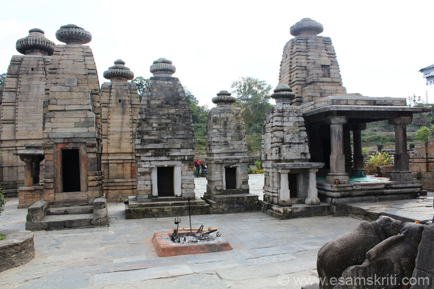 A front view of a select group of temples - in pics 1 and 2 u saw a side view.