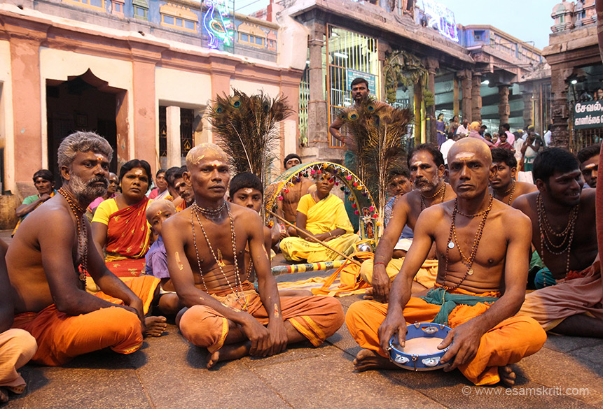 "Devotees. Since vehicle of Muruga is peacock devotees come with its feathers in large numbers. Steps are 659. ""this temple is one among the six Padaiveedu's of Lord Muruga."""