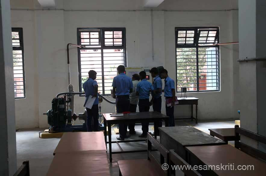 "Expert technical lessons in progress. They offer Diploma courses in Mechanical and Computer Engineering. To know more  <a href=""http://rkmshome.org/Ramakrishna_Mission_Polytechnic_College.html"" target=""_blank"">Click here</a>"