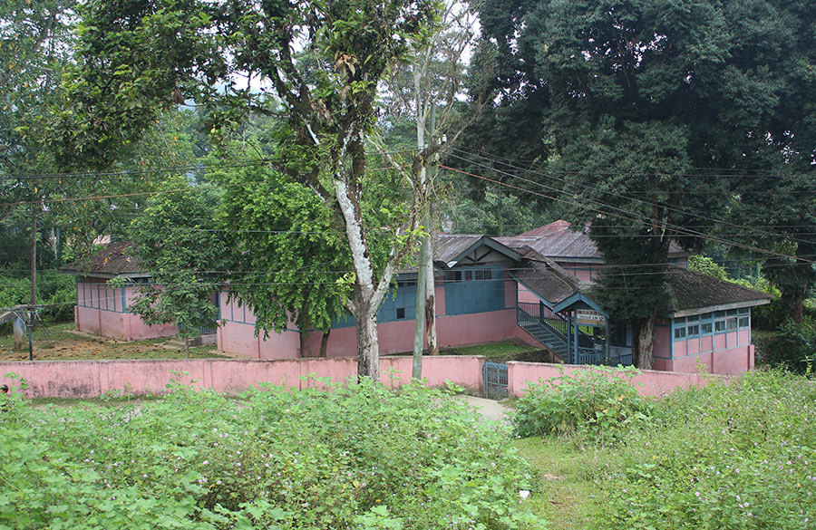 A view of the primary school. The school has 3 sections, primary ie KG to 4th 865 students, secondary i.e. 5-10th 1078 students and higher secondary i.e. 11-12th 312 students. All numbers as on date of visit. As on 31/3/2012 Arunachali students constituted 83% of the 2189 students in the school.