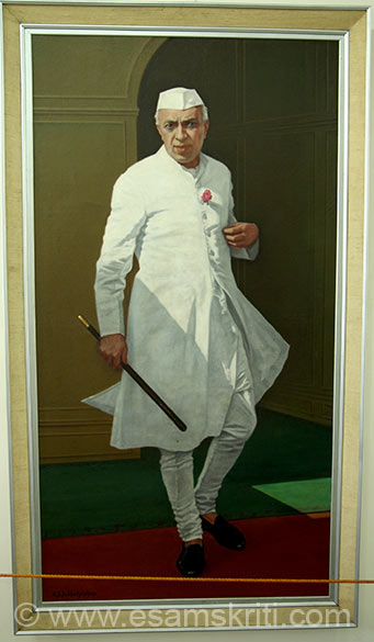 In Palace Gallery is this painting of former Prime Minister Nehru. Which ever u look at it appears as if the image is looking at you.