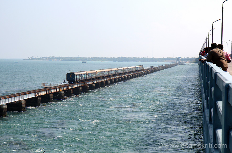 Train drives into Rameshwaram. Ishwar ki bahut kripa hai that we are on the bridge when the train was making its way to the holy town. What an experience! Road bridge was made in 1988