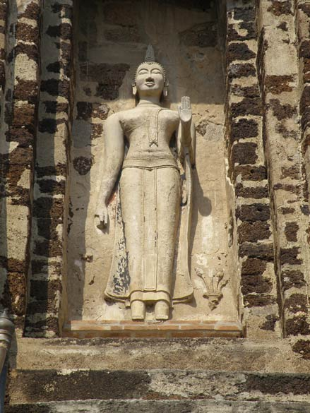 An image of Buddha in the walls of the Chedi.