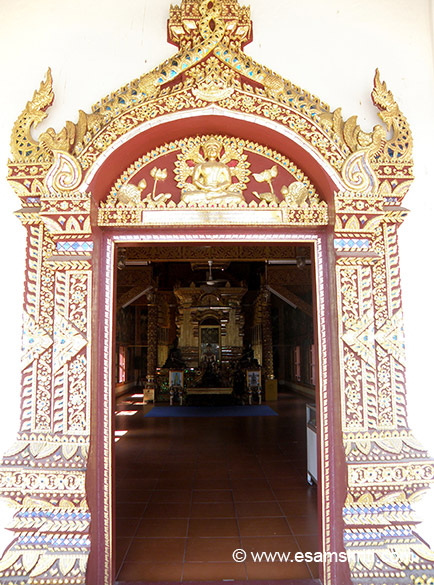 Entrance to Viharan 2. The temples are decorated with stunning lacquer panels and wood carvings.