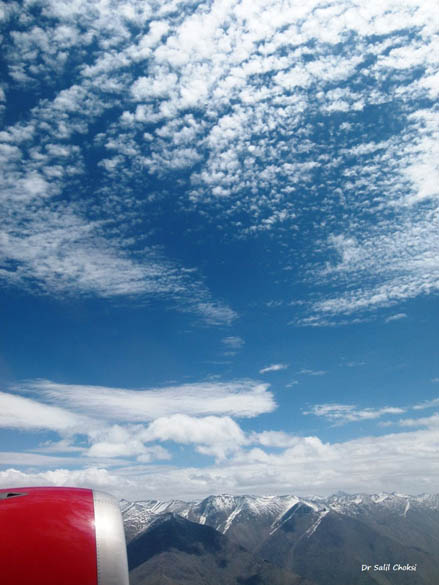 Cirrus clouds in an azure blue sky over the Ladakh Range - A beautiful palette of Blue and white.
