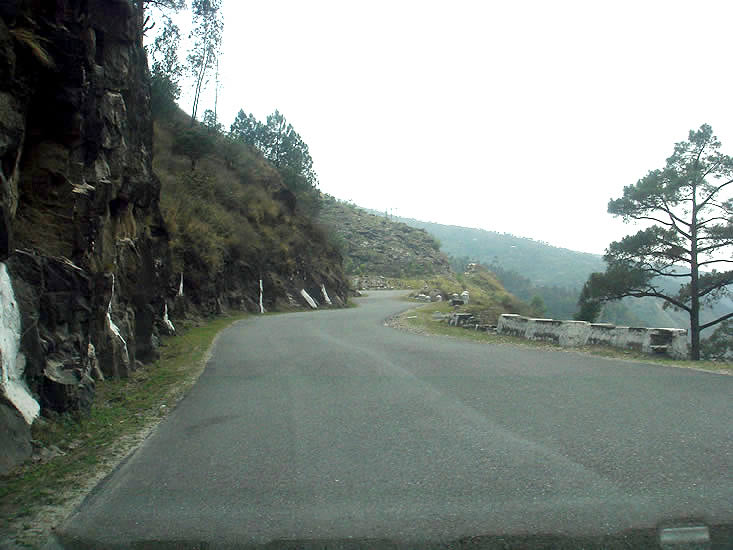 NH22 highway via Rampur is a driver``s paradise