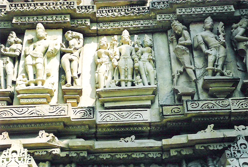Sculptures on temple. Read Travelogue for full details.