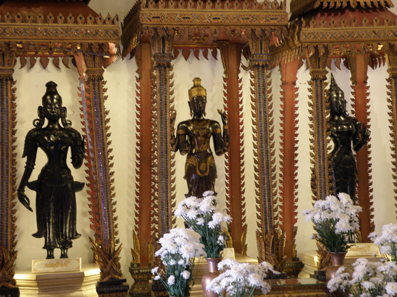 Inside the shrine of Narayana. Left to right is Lakshmi, Narayana and Maheswari. Close to Wat Suthat is a new temple dedicated to Lord Vishnu. There is a Lingam between the Narayana and Ganesh shrines.