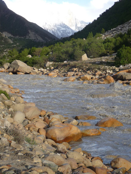 The trek starts from Gangotri and takes you through Nandavan, the base of the Bhagirathi peaks, a place that offers an unparalled view of the Shivling peak. You see river Bhagirathi at camp Chidbasa on way to Bhojbasa.