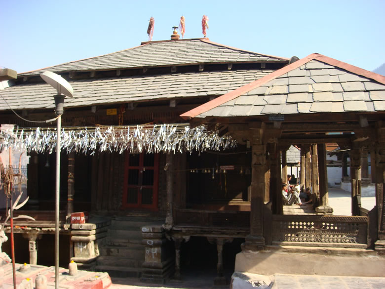 Route is Delhi, Pathankot, Chamba, Bharmour, Hadsar, Dhanchho to Manimahesh. After Chamba is a revered Chhatrai Shiv Shakti Temple that was made by King Meru Varman in the 7th century ie what you see. Bus takes you up to Hadsar from where it is a 16 km trek to Manimahesh. You are advised to stop overnight at Dhancho ie 7kms from Hadsar.