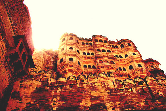 Located 400 ft above the city on a hill, the Mehrangarh Fort (Jodhpur, Rajasthan) is one of the largest forts in India. Its foundation was laid in 1459 by the Rathore king, Rao Jodha.