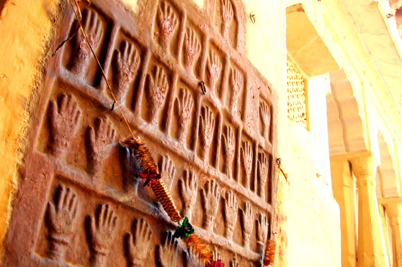 The hand prints on the fort walls have been preserved and considered sacred. They are worshipped till today by the locals.