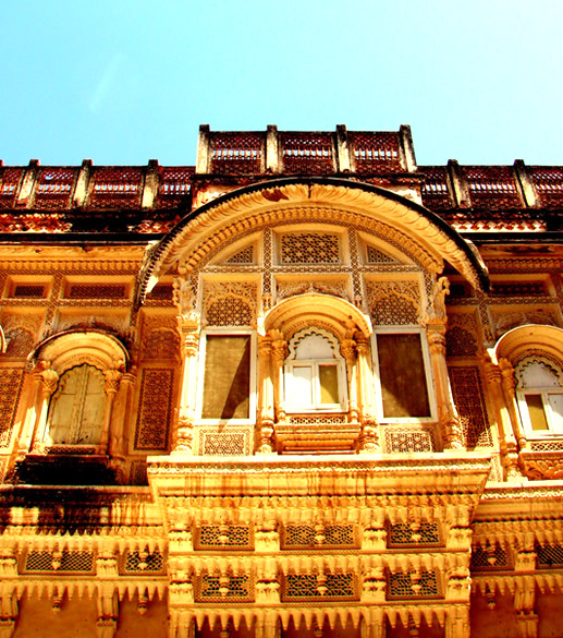 The fort has several palaces built under different rulers over centuries.