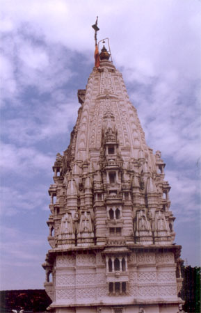 Babulnath Temple near Chowpatty is dedicated to Lord Shiva.