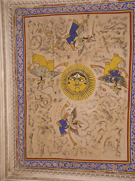 Hathi Pol ke gate``s ceiling painting. See Chatra, Badal Mahal (built by Raja Bhojji 1585-1607ad). Phool Mahal is not open to public.