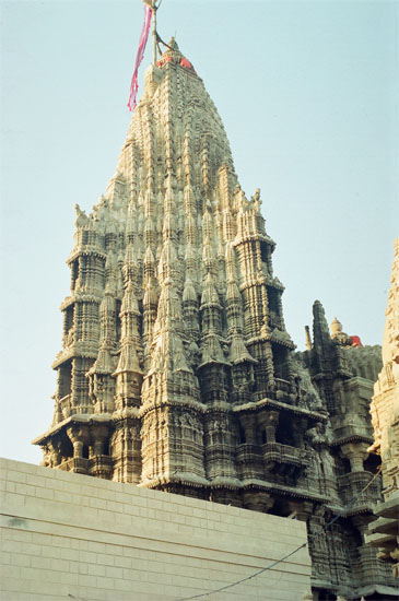 A closer view of the main Shikhara, note sun s rays falling on the top part of the temple.