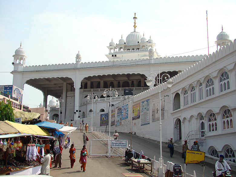 You see Anandpur Sahib Gurdwara. It was founded in 1665 by Guru Tegh Bahadur, the 9th Sikh Guru.