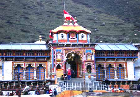 Welcome to Badrinath 3413 mtrs. Badrikashram is the sacred place where Nara & Narayana, Uddhava, countless sages, Narada and Narayana Himself performed their penance, and Narada still worships Narayana at the temple here for 6 months of the year. In the t