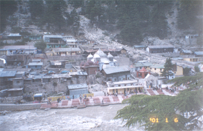 An overview of Gangotri town. There are many small hotels where you can stay. Do remember to see the waterfalls  there and take a dip in the holy Ganga