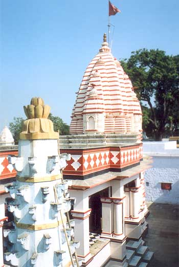 Shri Gadhkalika mandir is traditionally known to be the choice of worship of the greatest poet Kalidasa – the author of Abigyna Shakuntala and chief gem of the court of Raja Vikramaditya. Images and bricks & part of the plinth are of the 1st century B.C. (Shunga period), 4th century A.D. (Gupta period) and 10th century A.D. (Parmar period) were recovered from the basement of the temple. Emperor Harshvardhan got this temple renovated in the 7th century a.d. – there is some indication of its further renovation in the 10th century a.d. under Parma rule.