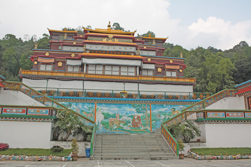 You see the Ranka Monastery, is about 40 kms from Gangtok. Isolated and on a hill top.