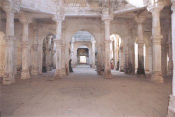 Ranakdevi s Palace that was converted into a mosque app 500 years ago by one Muhammad Shah.