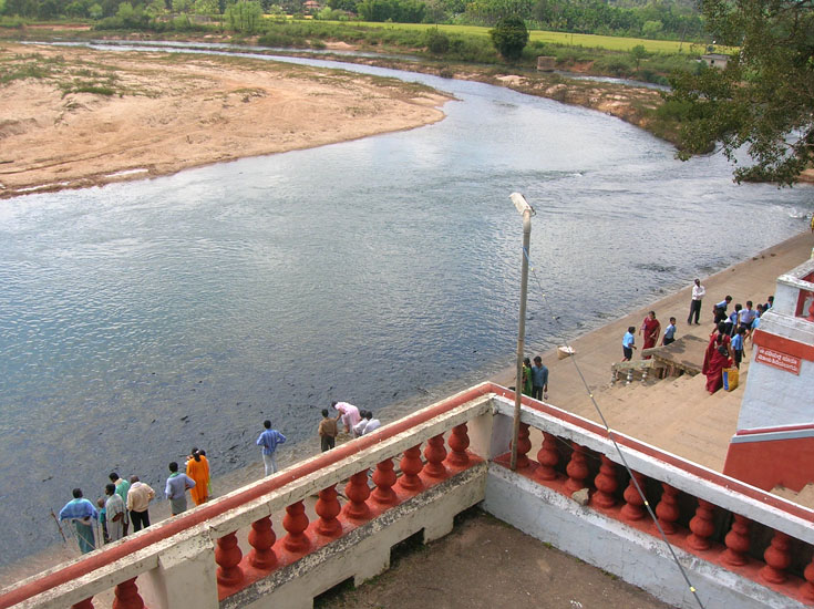 River Tunga in Sringeri