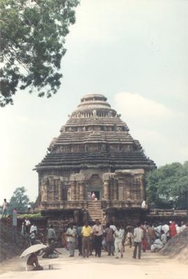 essay on konark temple