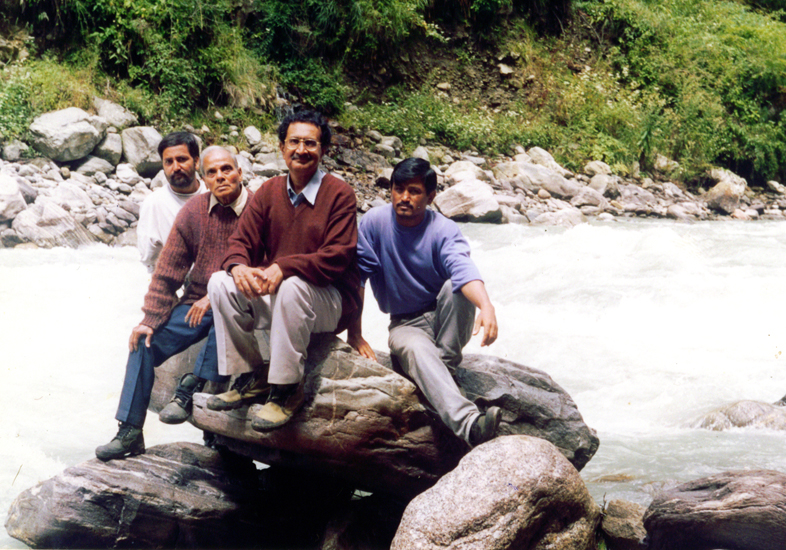 Jagdish Gandhi in the Saraswati - the Tons river according to his research, is the old Saraswati. Tons meets the Yamuna near Paonta Sahib in Himachal Pradesh.