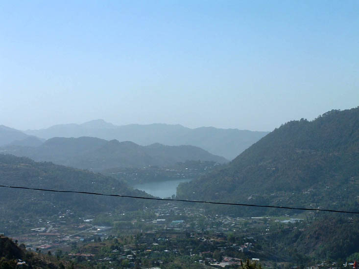 A view of Bhimtal from Bhowali