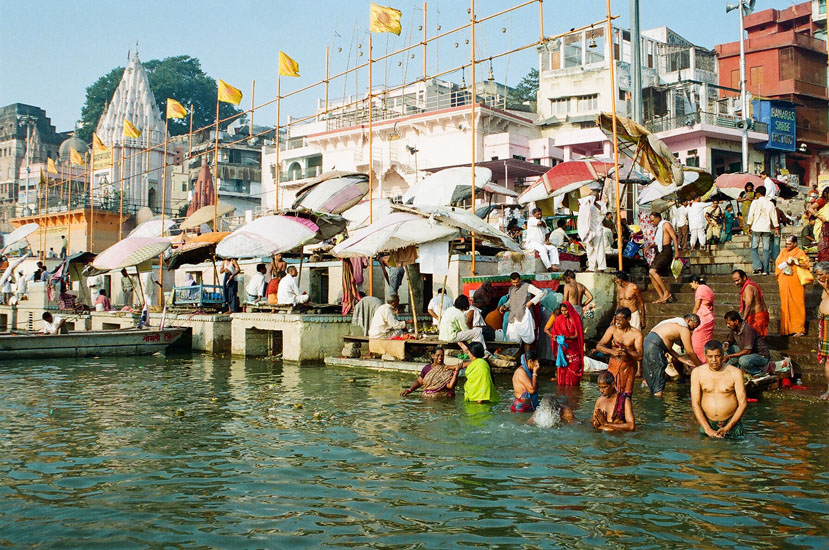 Kashi is the city of Bhagavan Shiva: Shiva, the Mahayogi, the lord of yogis; Shiva, the Nataraja, the lord of dance and music; Shiva, the jyotirlinga, the Light Supreme, Knowledge Supreme! Varanasi is truly the city of enlightenment, of illumination, of light. You see devotees having an early morning dip in the Holy Ganges at the Rajendra Prasad Ghat – India's first President.