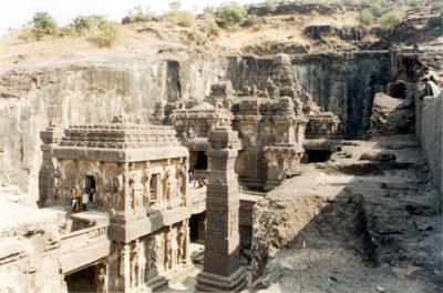 Temple view from south side. Note the two freestanding columns on either side, manadapa 2 right in front followed by mandapa 1 or main temple and Vimana thereafter.