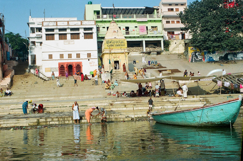 You see Kshamesnwar Ghat – Pinda Dan by South Indians. Visit the Kala Bhairava temple, the guardian of Kashi.